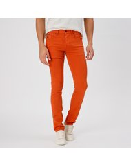 RICHARD, MEDIUM RISE CARROT FIT, COLOR: TIGERLILY, MATERIAL: 99% COTTON 1% ELASTANE